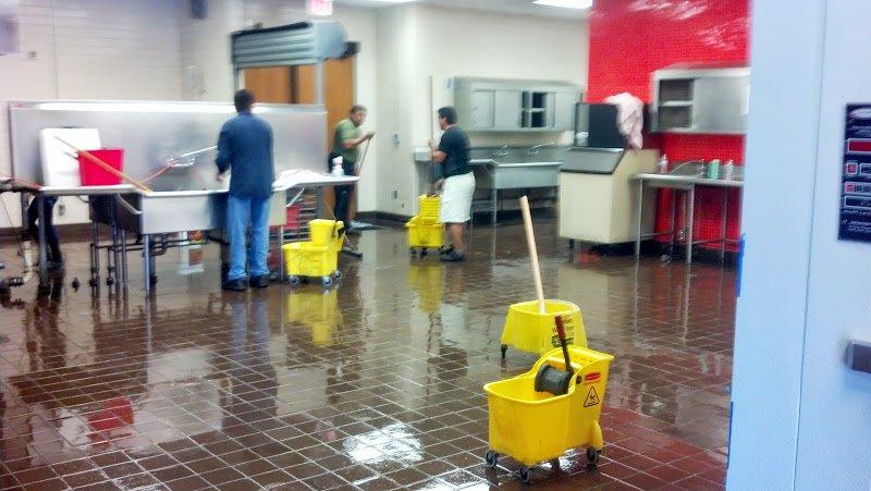 Showroom Floor Cleaning During Winter – Salt Residue