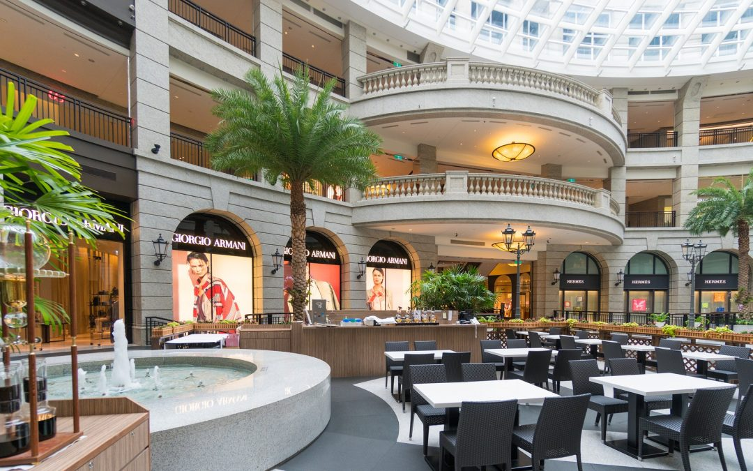 Shopping Center Cleaning Service Improves Customer Satisfaction